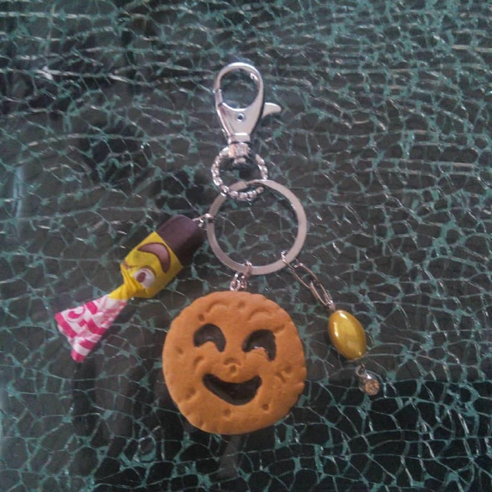 Porte-clés, bijou de sac gâteau BN et carambar