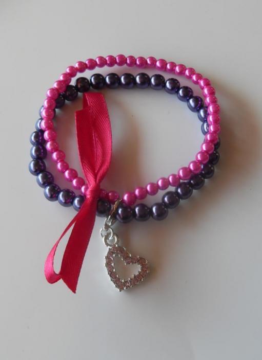 Bracelet perles rose fuschia et violet ruban et son charm 39 s coeur strass - Bracelet perle et ruban ...