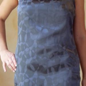 tunique grise et strass