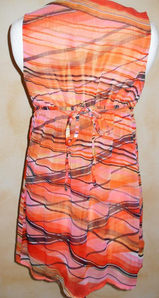 Tunique voile imprimé orange. Vue de dos