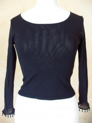 Tee-shirt voile noir brodé de perles