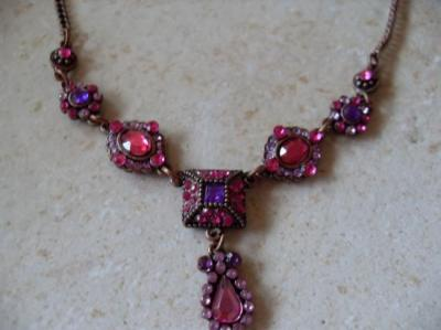 Collier bronze strass rose et violet