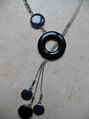 Collier anneaux-cercles émail.
