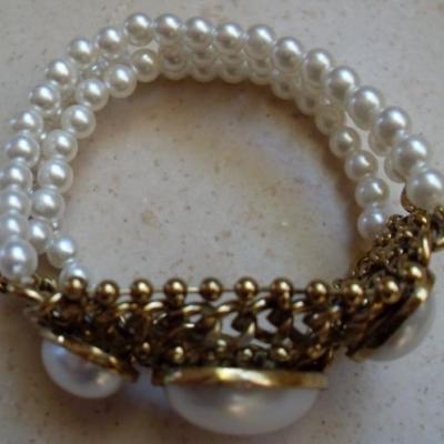 Bracelet 3 rangs perles cultures