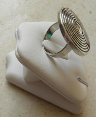Bague ronde spirale-métal