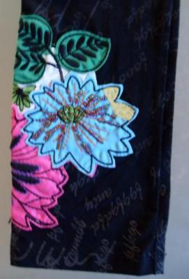 Leggins YAKIM noir et fleur de Smash.