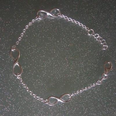 Bracelet infinity et chaine argent 925.