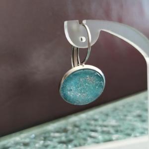 Boucles d'oreilles cabochon de verre rond bleu et paillettes