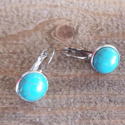 Boucles d'oreilles dormeuses et cabochon en turquoise