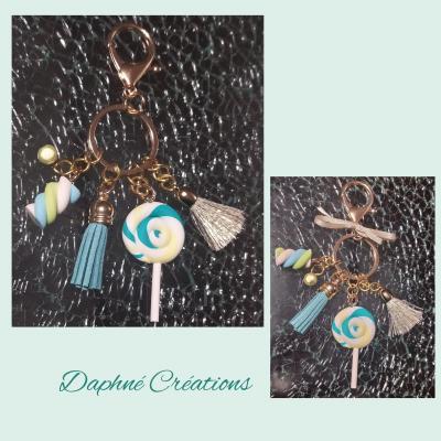 Porte-clés, bijou de sac rose, pompon, perles, bonbon et sucette.