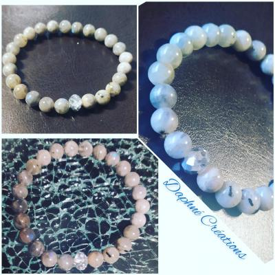 Bracelet en perles naturelles, pierres naturelles labradorite et Swarovski.