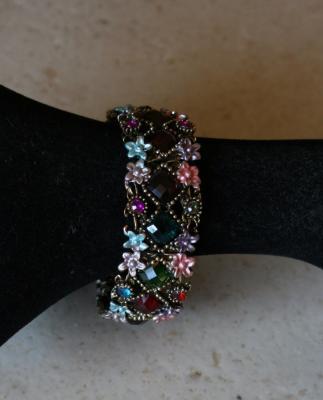 Bracelet large émail et strass multicolores.