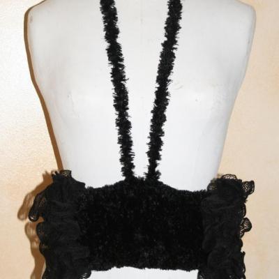 Manchon faussse fourrure noire et laine ruban.