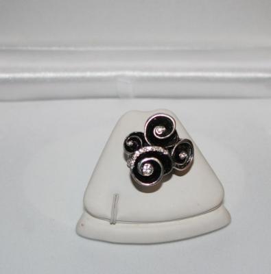 Bague élastique spirale émail noir et strass.