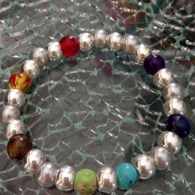 Bracelet argenté, perles 7 chakras