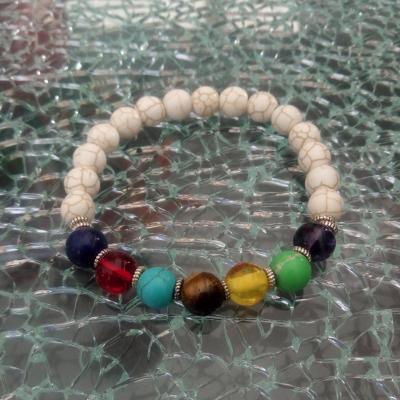 Bracelet blanc et perles 7 chakras