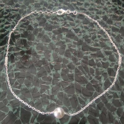 Chaîne de cheville argent 925, perle et strass.