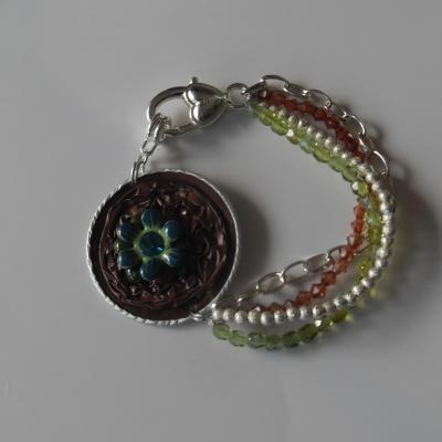 Bracelet capsule café marron et cabochon fleur strass, chaines, cristal de swarovski.