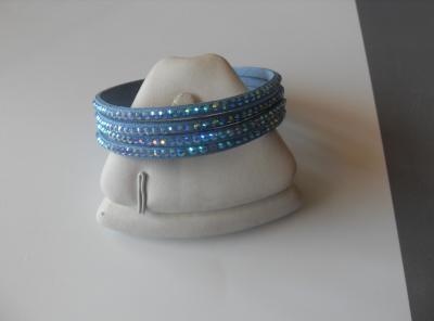 Bracelet 4 rangs strass bleu